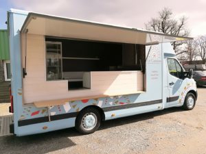 AGVM-aménagement-camion-crêpe-1-1-3-300x225