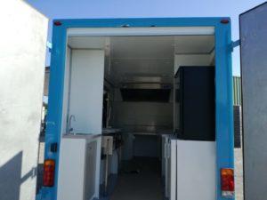 AGVM-aménagement-intérieu-camion-crêpe-4.1-300x225
