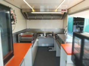 AGVM-aménagement-intérieur-camion-crêpe-2.2-300x225