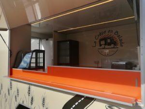 AGVM-aménagement-intérieur-camion-crêpe-2.4-300x225