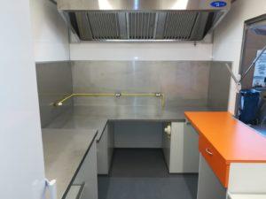 AGVM-aménagement-intérieur-camion-crêpe-3.3-300x225
