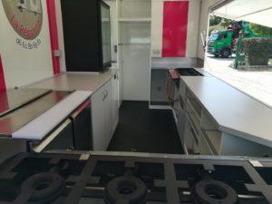 AGVM-aménagement-intérieur-camion-crêpe-5.1-300x225