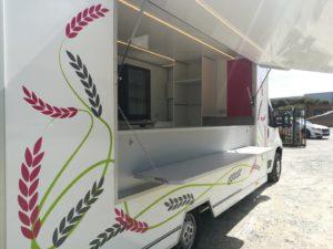 AGVM-aménagement-intérieur-camion-crêpe-5.2-300x225