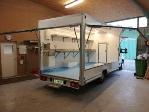 AGVM-aménagement-camion-de-marché-2.1-300x225