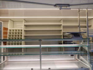 AGVM-aménagement-intérieur-camion-de-marché-1.1-300x225