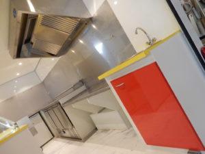 AGVM-aménagement-intérieur-foodtruck-4.1-300x225