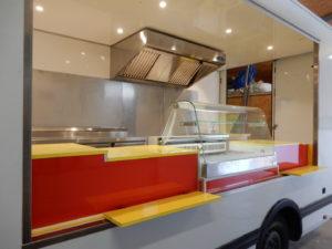 AGVM-aménagement-intérieur-foodtruck-4.2-300x225