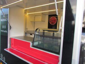 AGVM-aménagement-intérieur-foodtruck-7.2-300x225