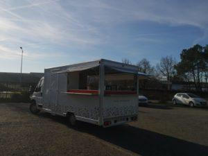 AGVM-aménagement-camion-crêpe-8.7-300x225