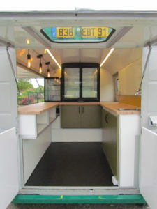 AGVM-aménagement-foodtruck-9.4-225x300