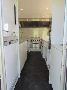 AGVM-aménagement-intérieur-foodtruck-8.2-225x300