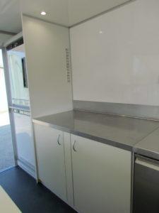 AGVM-aménagement-intérieur-foodtruck-8.3-225x300