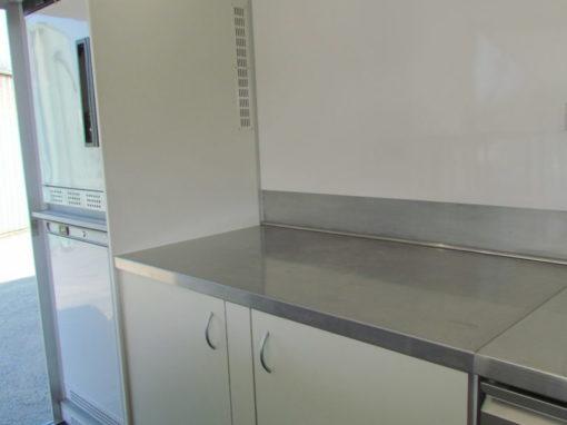 AGVM-aménagement-intérieur-foodtruck-8.3-510x382